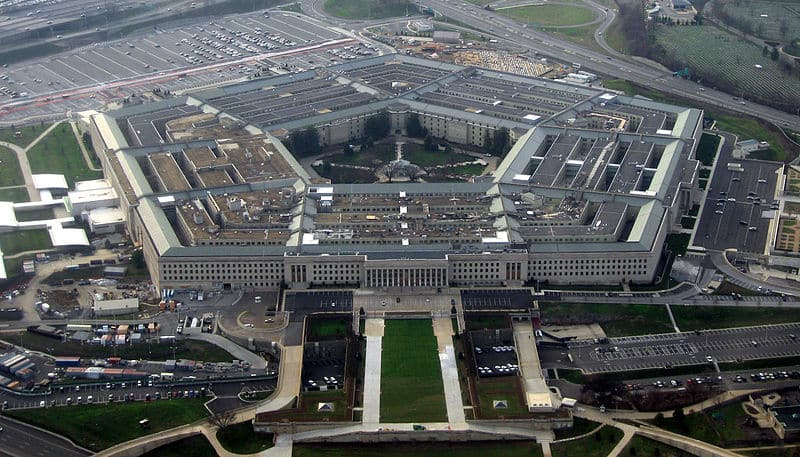 House Votes To Include Women In the Draft as Part of Pentagon's Budget