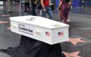 Street Artist Puts Coffin on Trump's Hollywood Star to Protest Those Who Oppose Mask Mandates and Vaccines